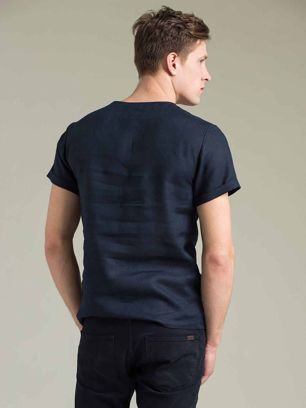 Купити чоловічу футболку в Києві 6889f84c046e8