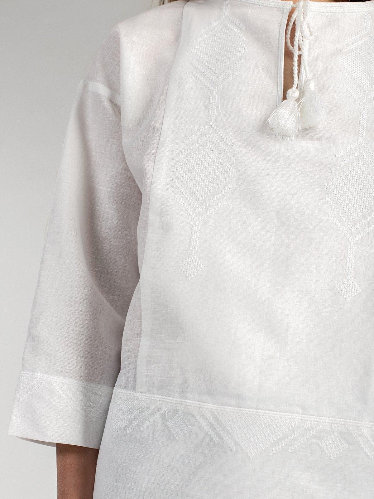 Женская вышиванка свободного кроя из белого льна Ethnic 1. Жіноча вишиванка  вільного крою з білого льону ... 97f277c69b5ee
