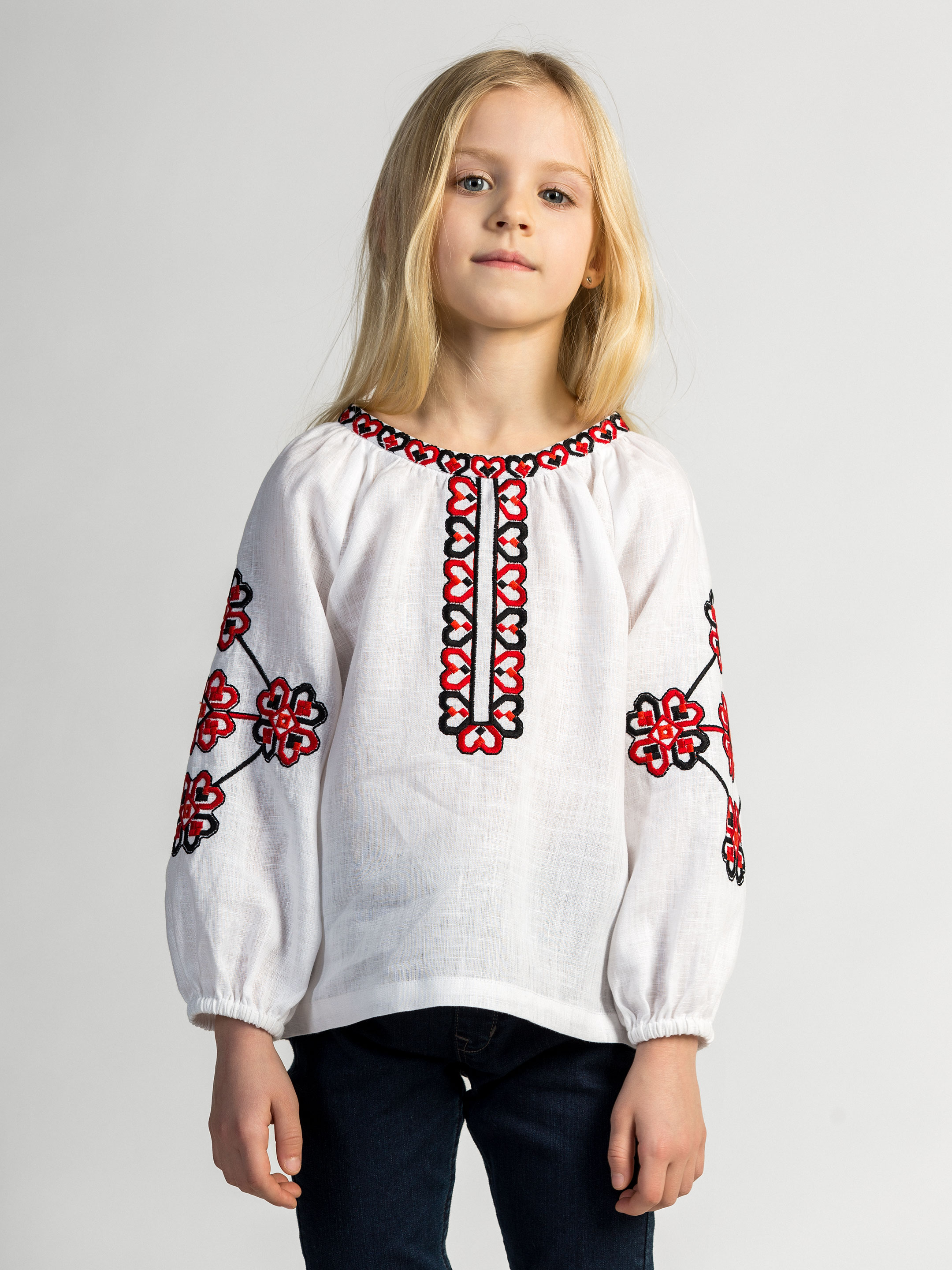 Embroidered shirt for girls Red Heart
