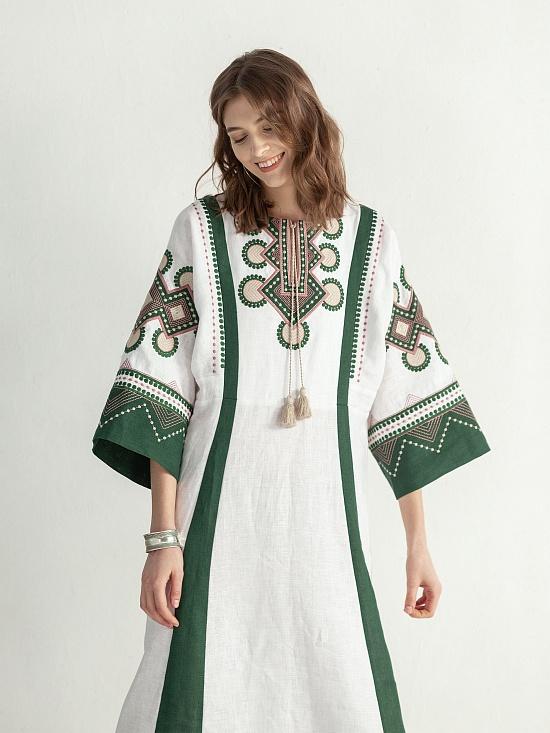 254b63d6ee7b1a Вишиті плаття – купити українську сукню з вишивкою | ETNODIM