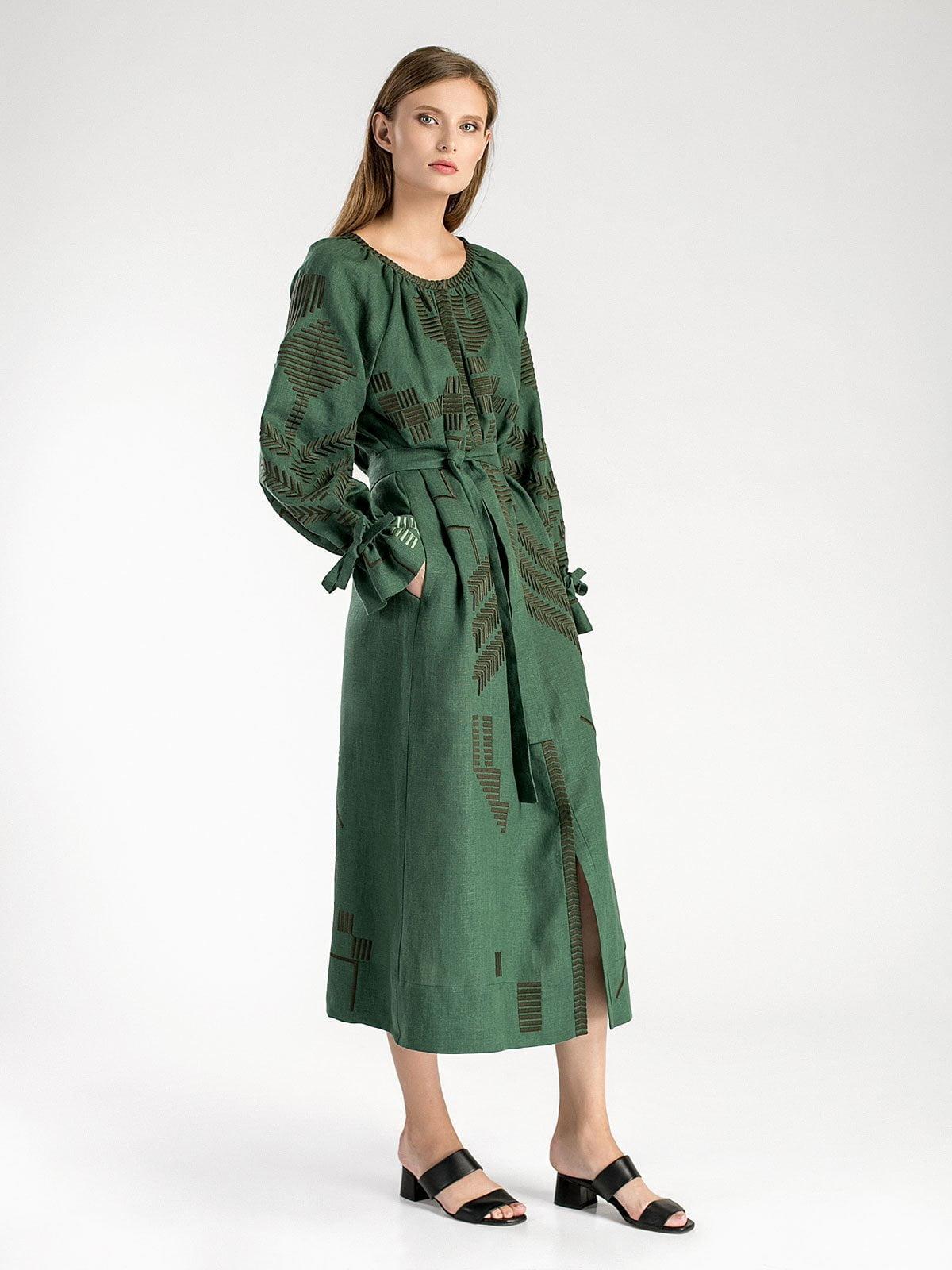 30ea8739778a7e Зеленое льняное платье с геометрической вышивкой Borodina Dark ...