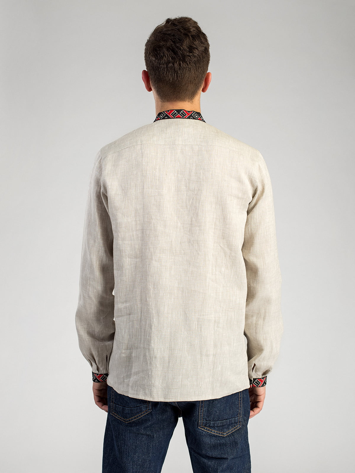 e0c6b74ae1d Мужская рубашка из серого льна с красно-черной вышивкой ED2 2 6 ...