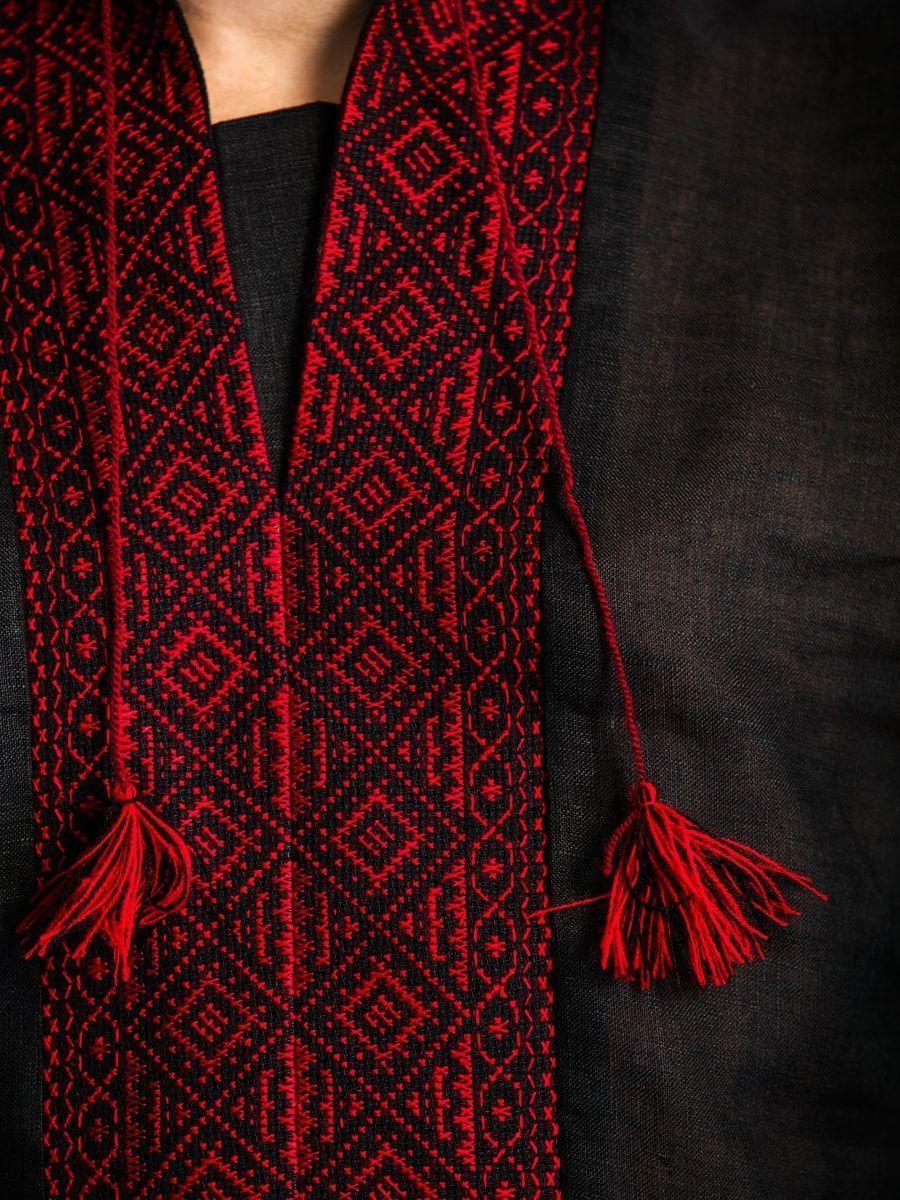 Черная льняная вышиванка с красным орнаментом Б1 Фото 4