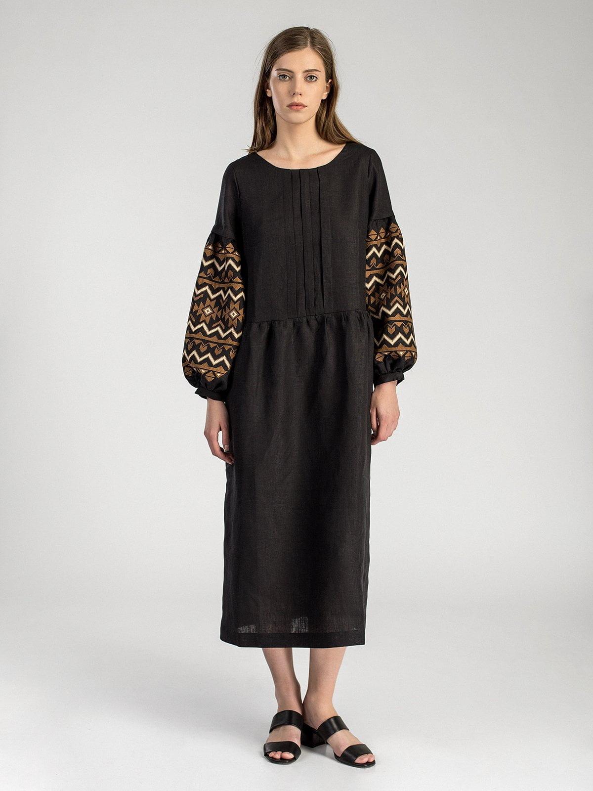 Довга чорна сукня з вишивкою на пишних рукавах MD23 Black – купити в ... 351bfc3705b2c